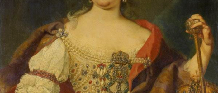 Quelle: http://www.gogmsite.net/reign-of-louis-xv/photo-album/maria-theresia-queen-of-hun-2.html